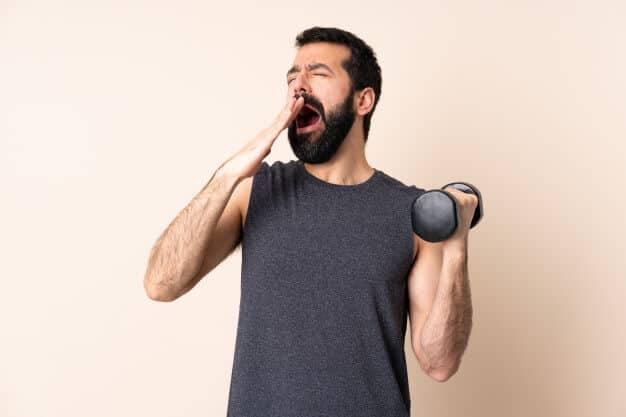 slapen voor prestaties in de gym